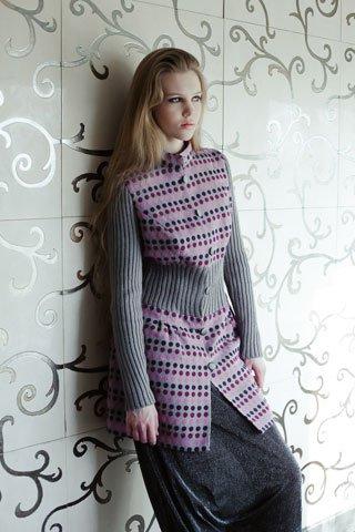 Пальто жаккардовое с вязаным поясом, розовый горошек