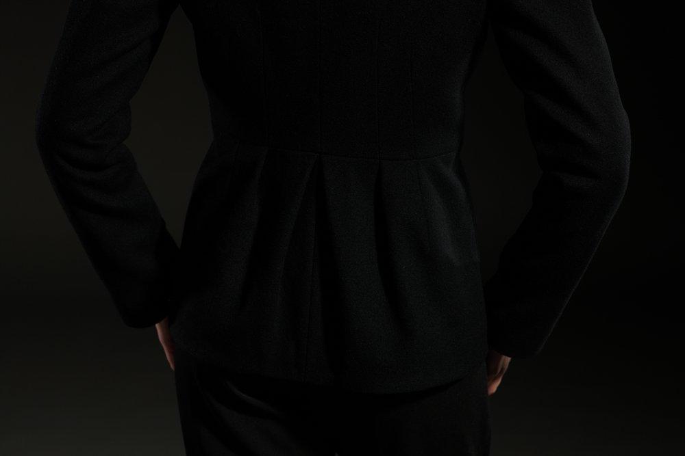Жакет с рукодельным воротником, черный.
