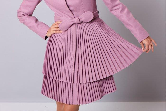 Пальто с двойной юбкой-плиссе