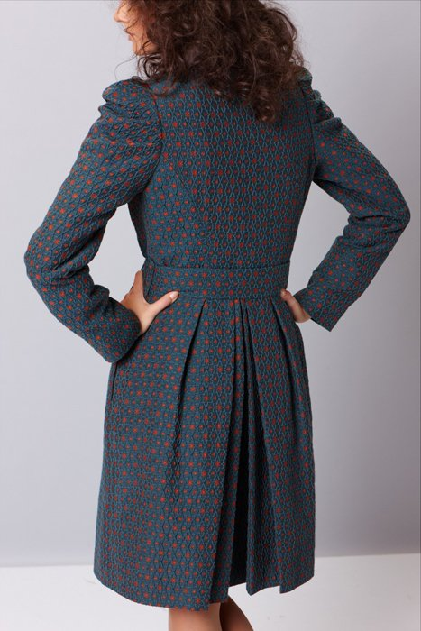 Пальто с пышными рукавами, жаккардовое.