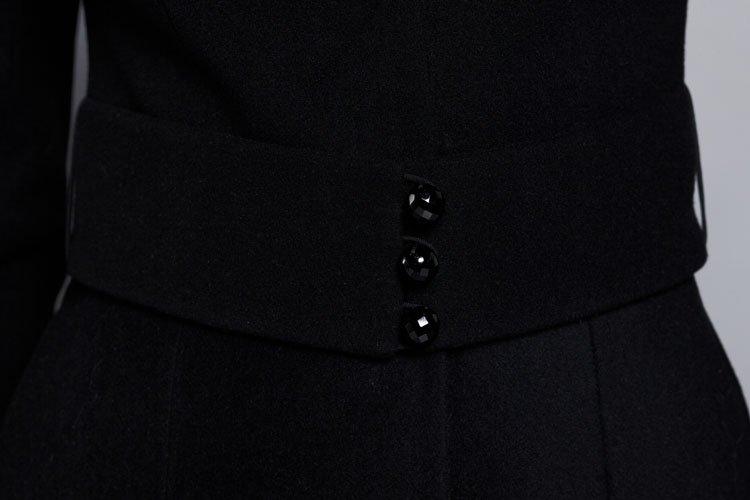 Пальто укороченное с фестонами,меховой воротн, черное