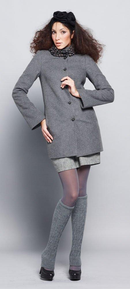 Пальто с шерстяными бусинами