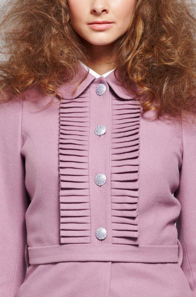 Пальто-платье с плиссе на кокетке, сиреневое.