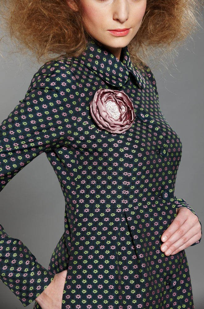 Пальто со встречными складками , в цветочек