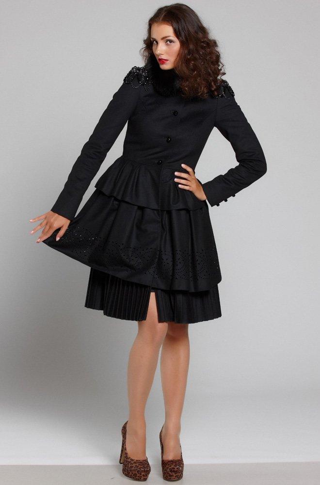 Роскошное пальто с тремя юбками