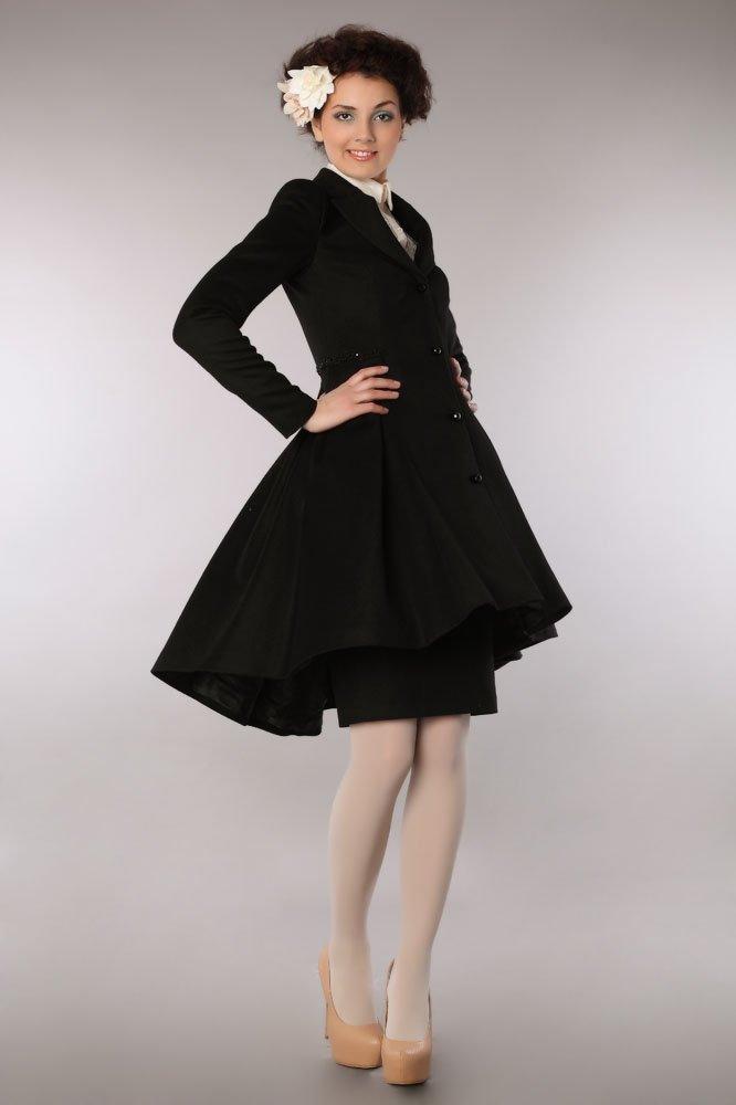 Пальто-камзол, черного цвета