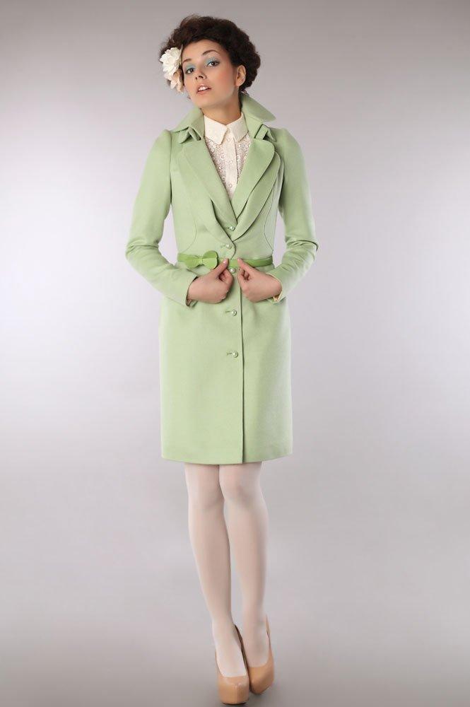 Пальто с двойным воротником, светло-зелёного цвета