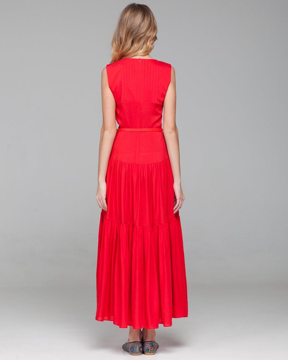 Алое платье в пол