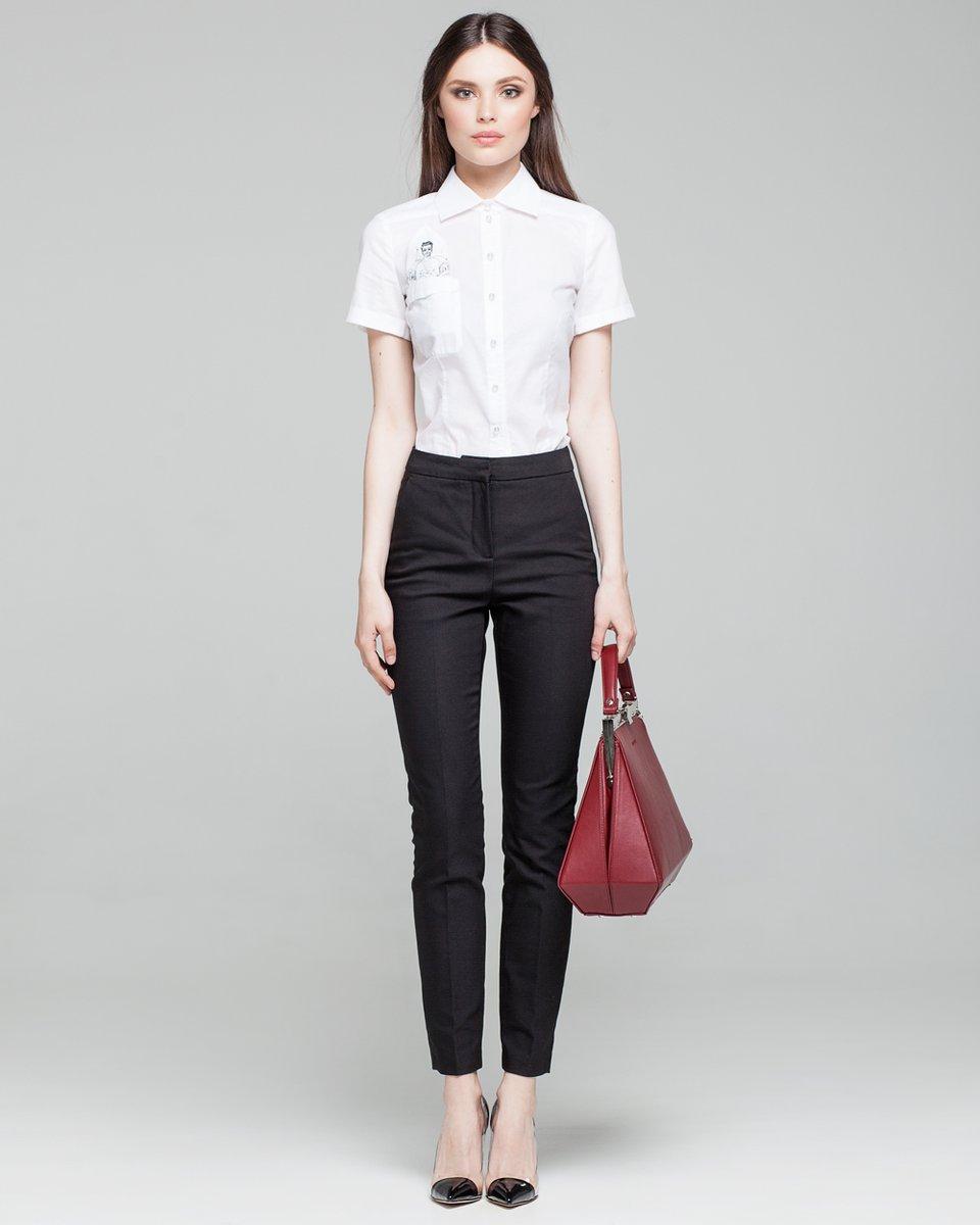 Базовая рубашка с коротким рукавом