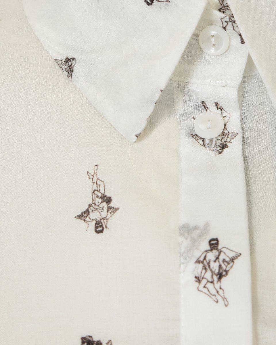 """Блуза белого цвета, принт """"Амуры"""""""