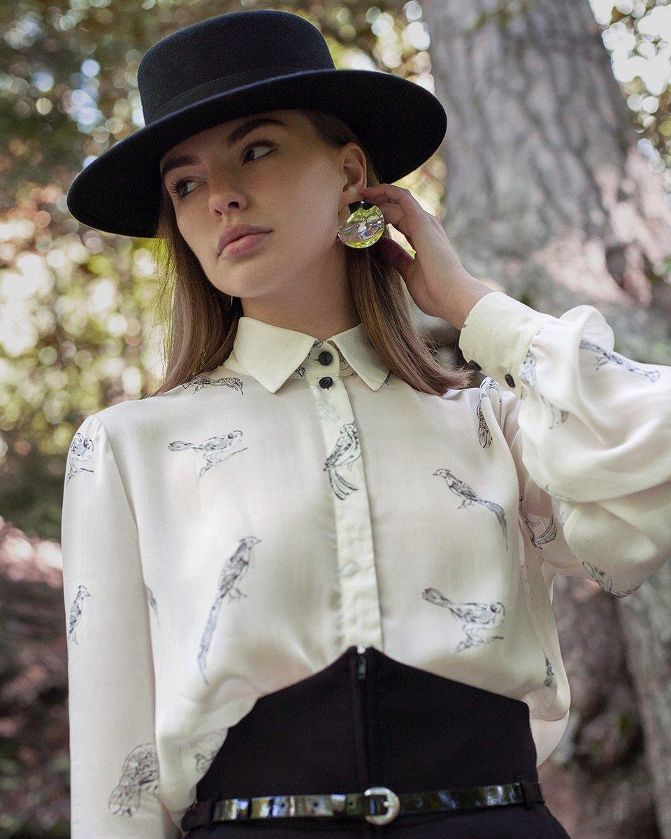 """Блуза из шифона молочного цвета, принт """"Птицы"""""""