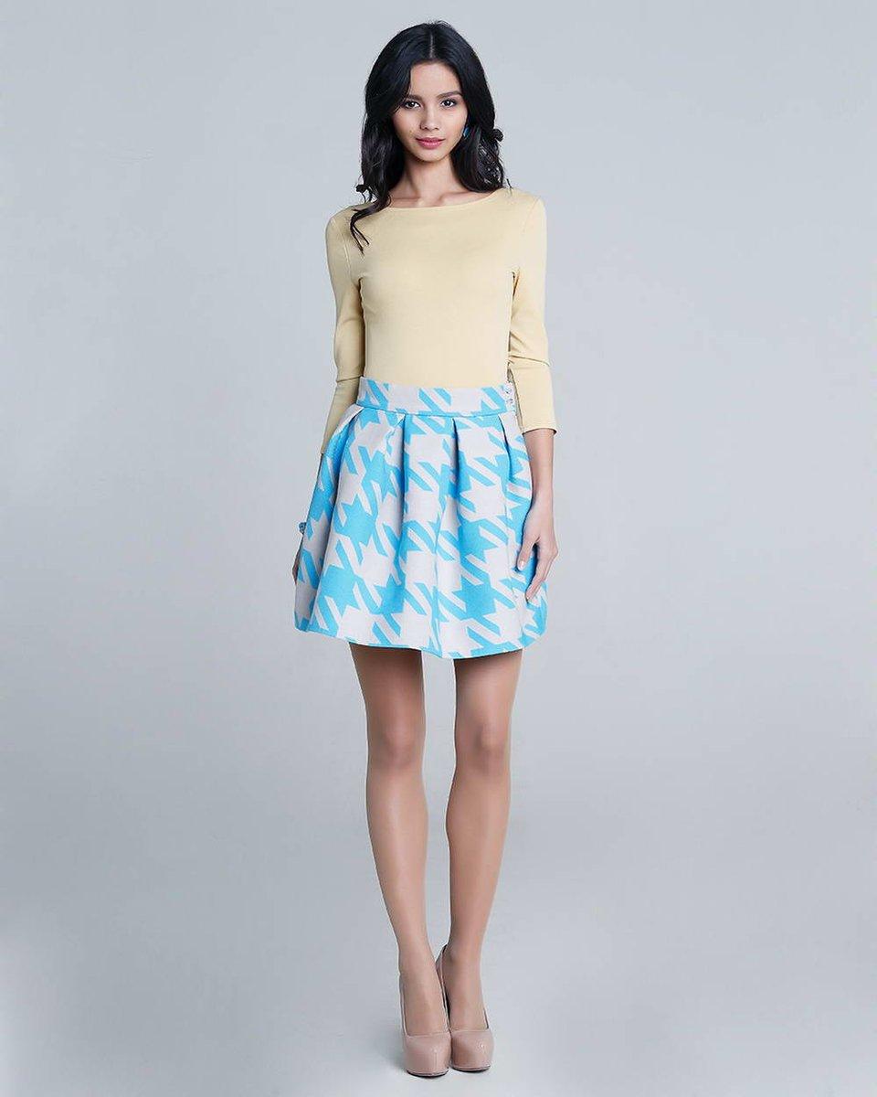 Блуза из трикотажа, желтая