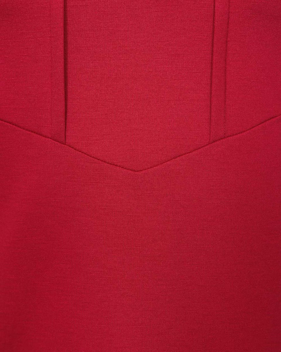 Блуза малинового цвета с декоративными складками на полочке