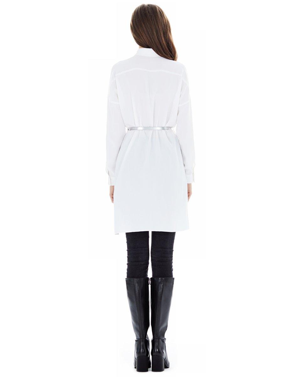 Блуза прямого кроя, белого цвета
