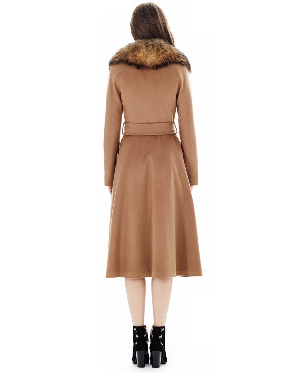 """Пальто двубортное цвета """"camel"""""""