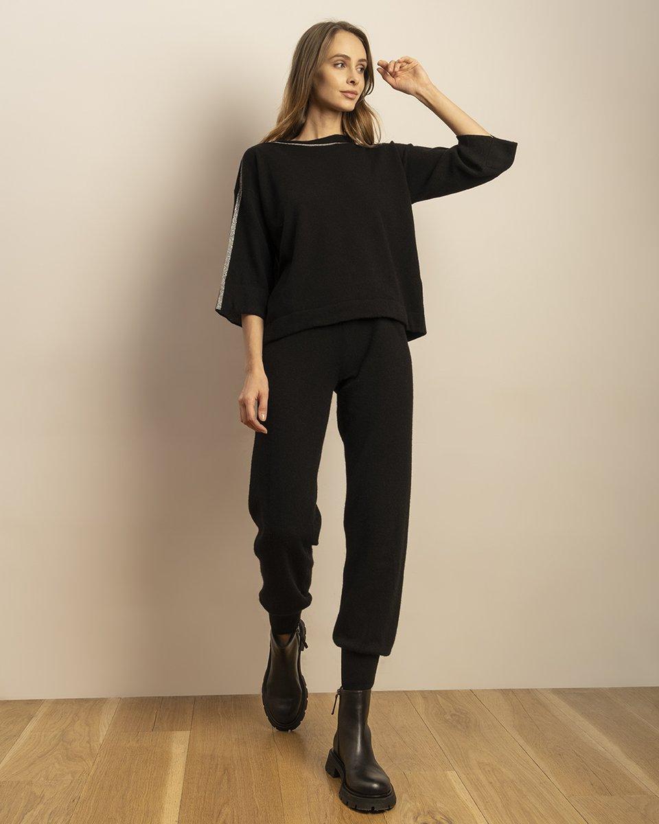 Джемпер черного цвета с отделкой из люрекса