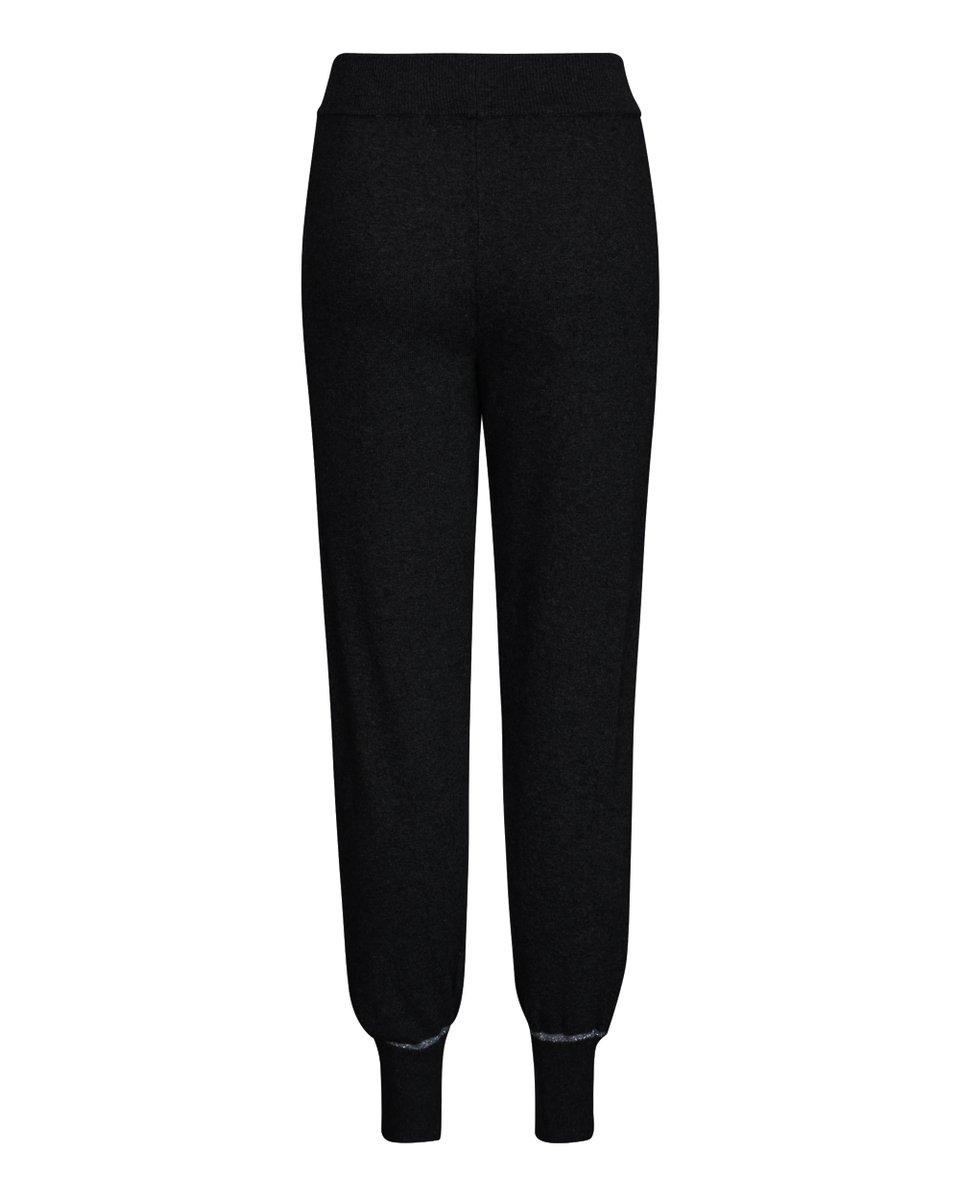 Трикотажные брюки черного цвета