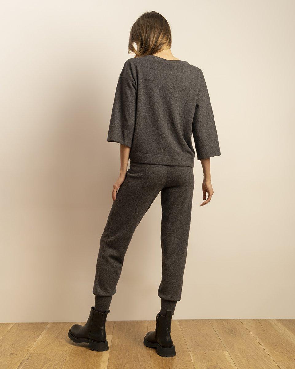 Трикотажные брюки графитового цвета