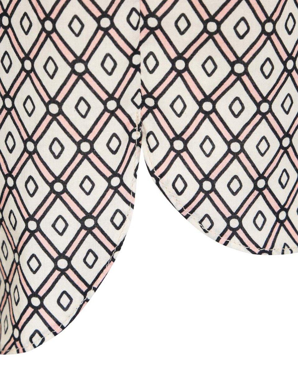 Классическая блуза белого цвета с графическим принтом