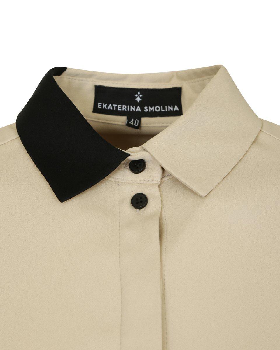 Классическая блуза бежевого цвета с черными кругами