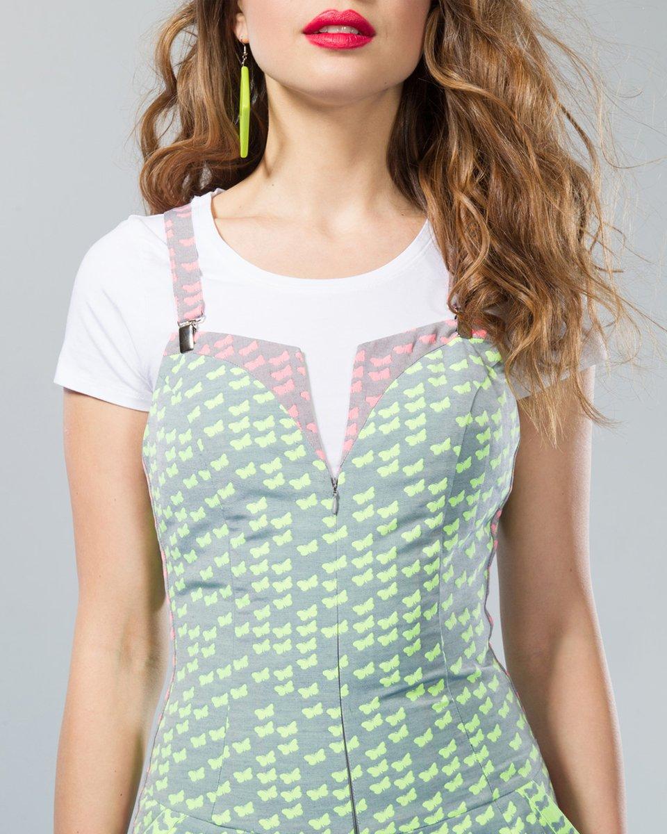 Комбинезон с шортами-мини, неоновый зеленый.
