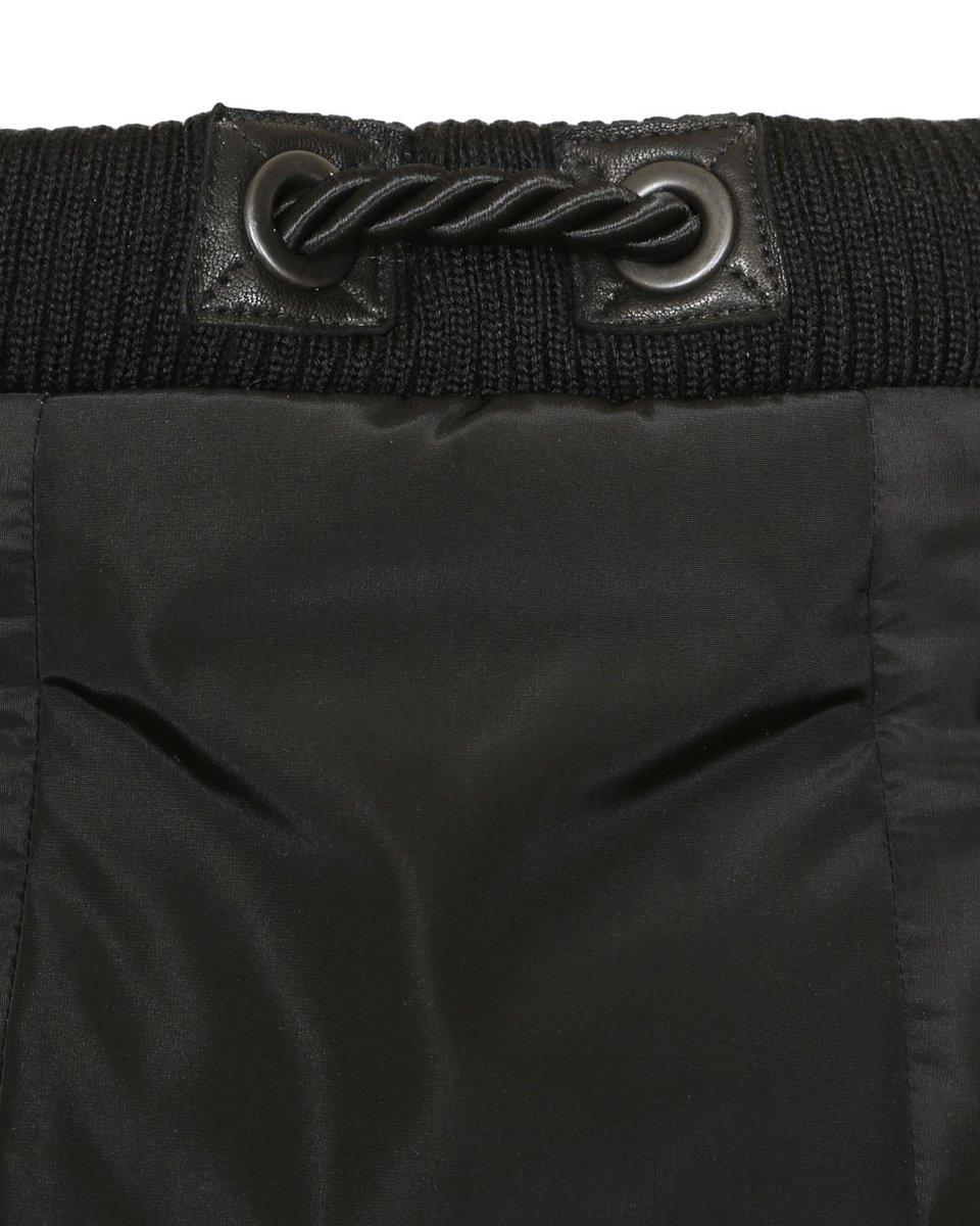 Пальто черное из драпа с капюшоном и рукавами из плащевой ткани