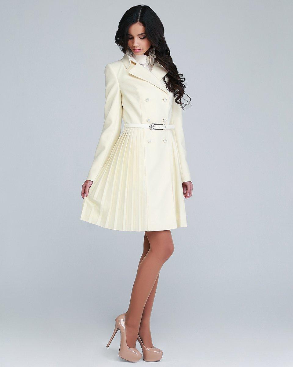 Пальто двубортное с плиссированной юбкой, цвет молочный