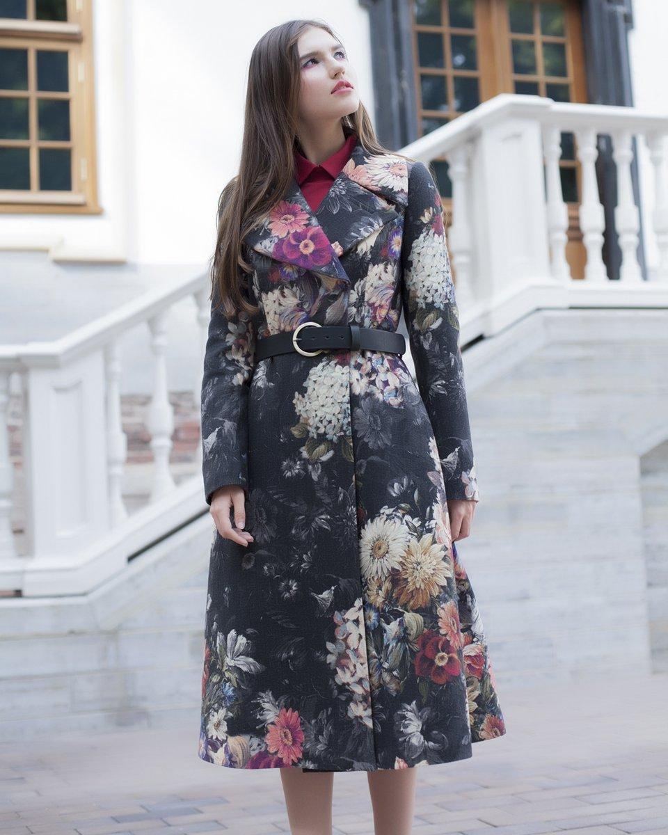 Пальто из кашемира с цветочным принтом. Лимитированный выпуск