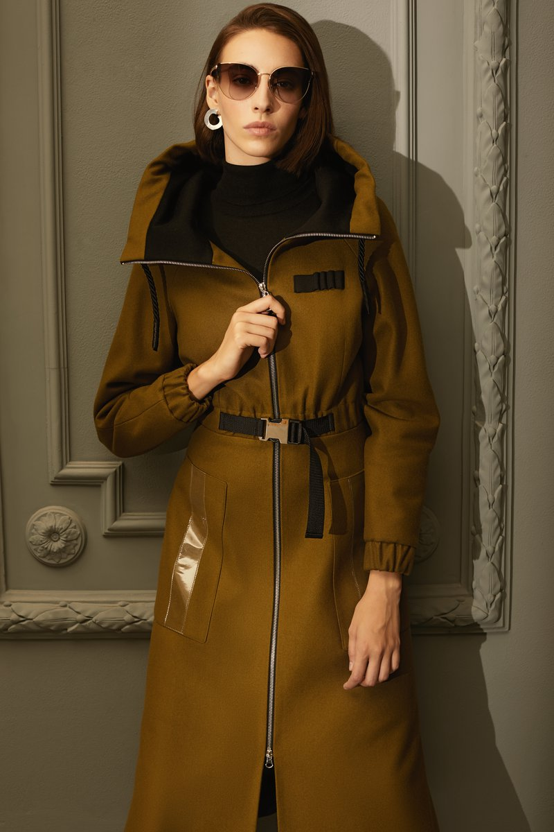 Пальто из драпа с прозрачными вставками цвета хаки