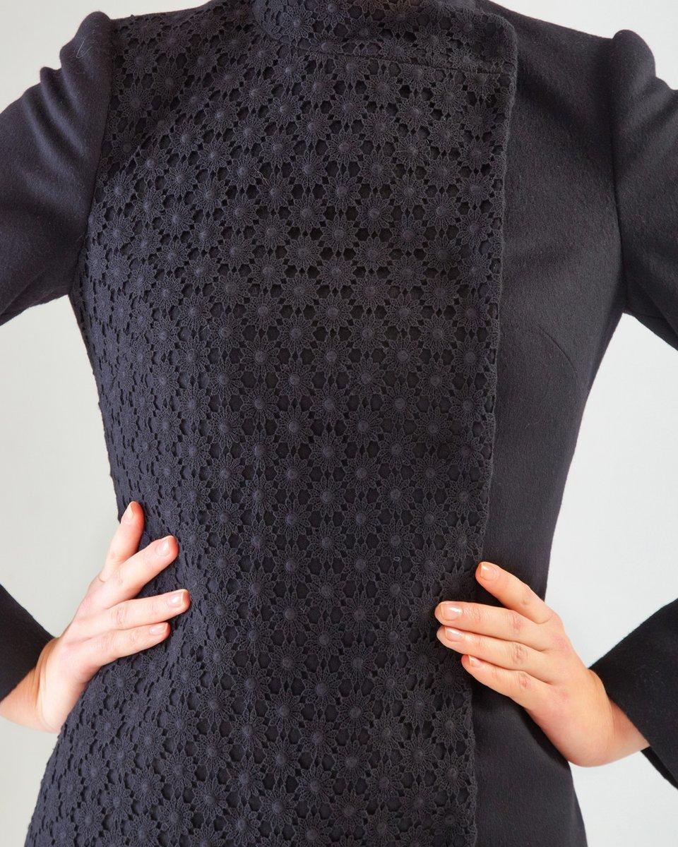 Пальто из шерсти и кружева, черное