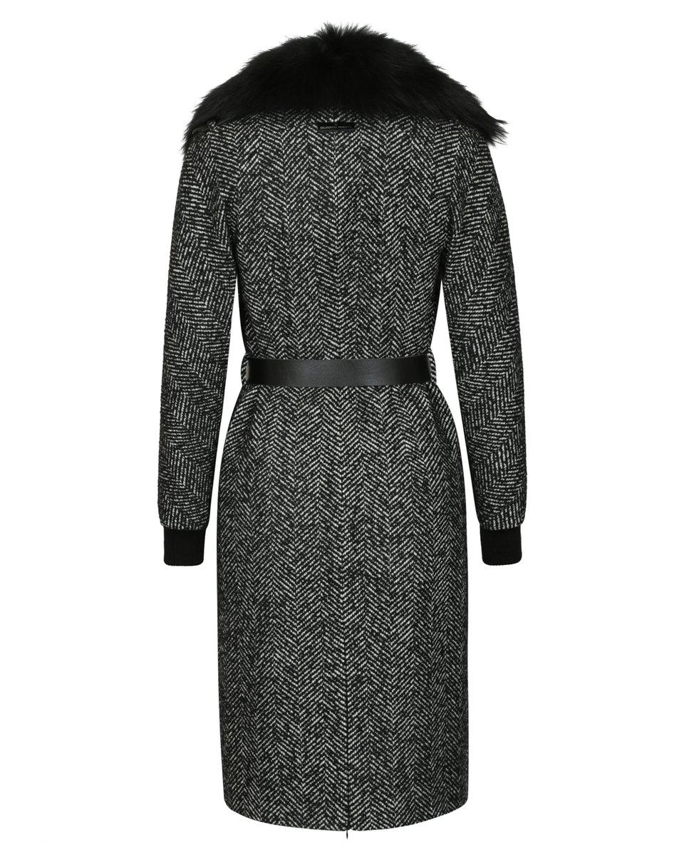 Зимнее пальто из твида с меховым воротником