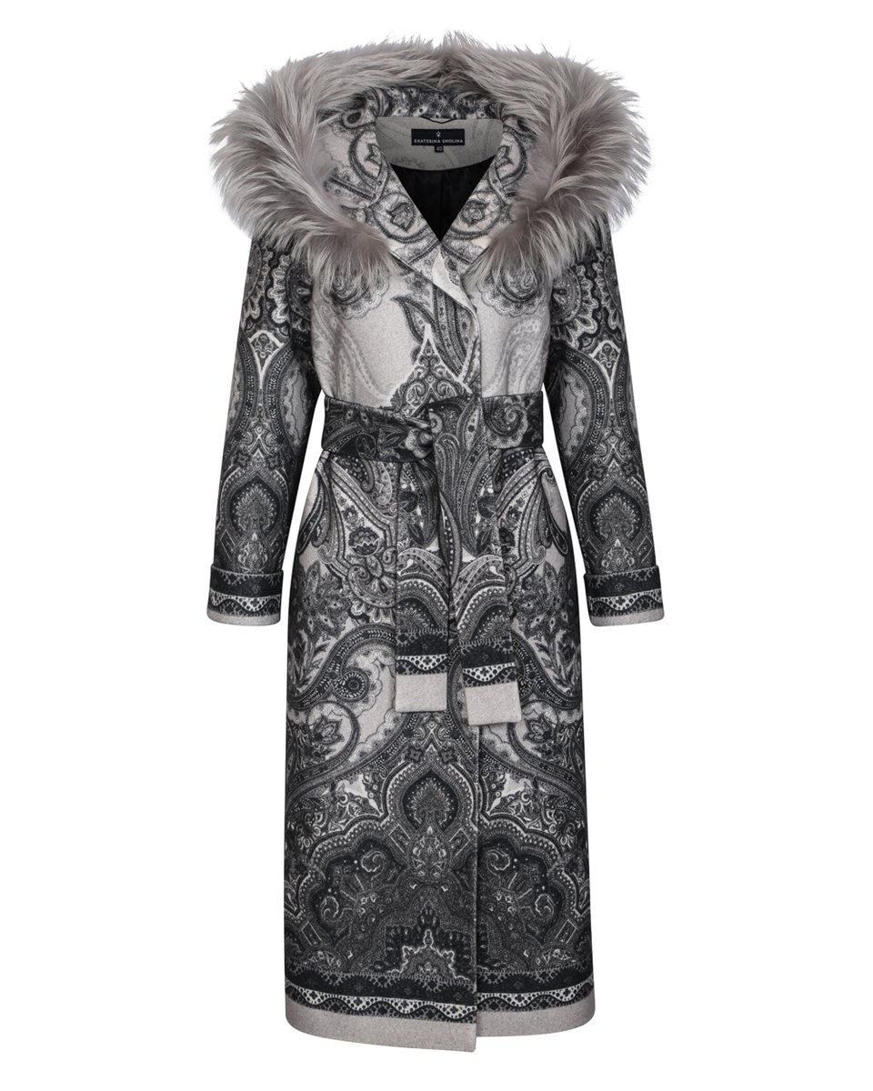 Зимнее пальто макси с капюшоном и авторским принтом