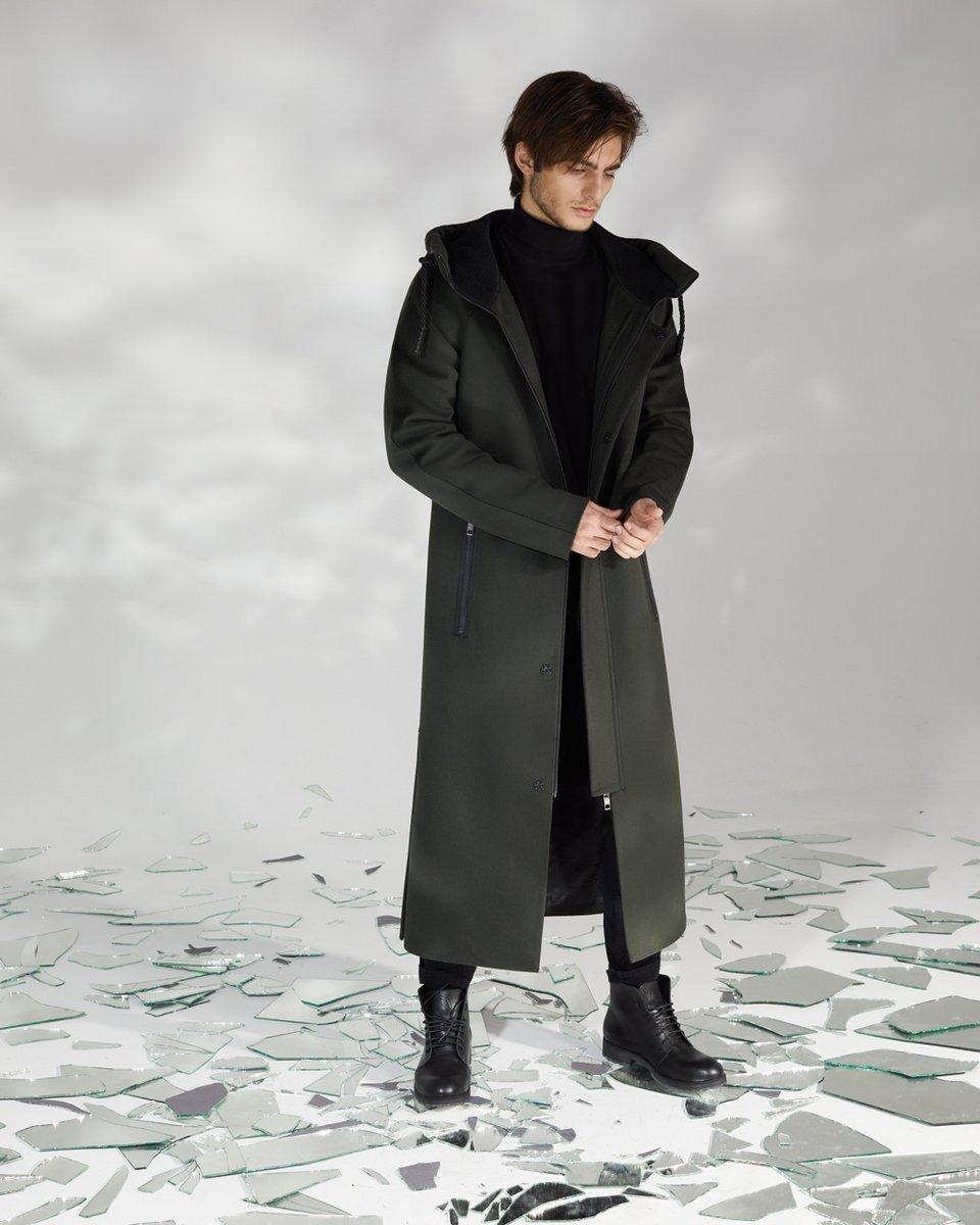 Мужское пальто длины макси цвета хаки