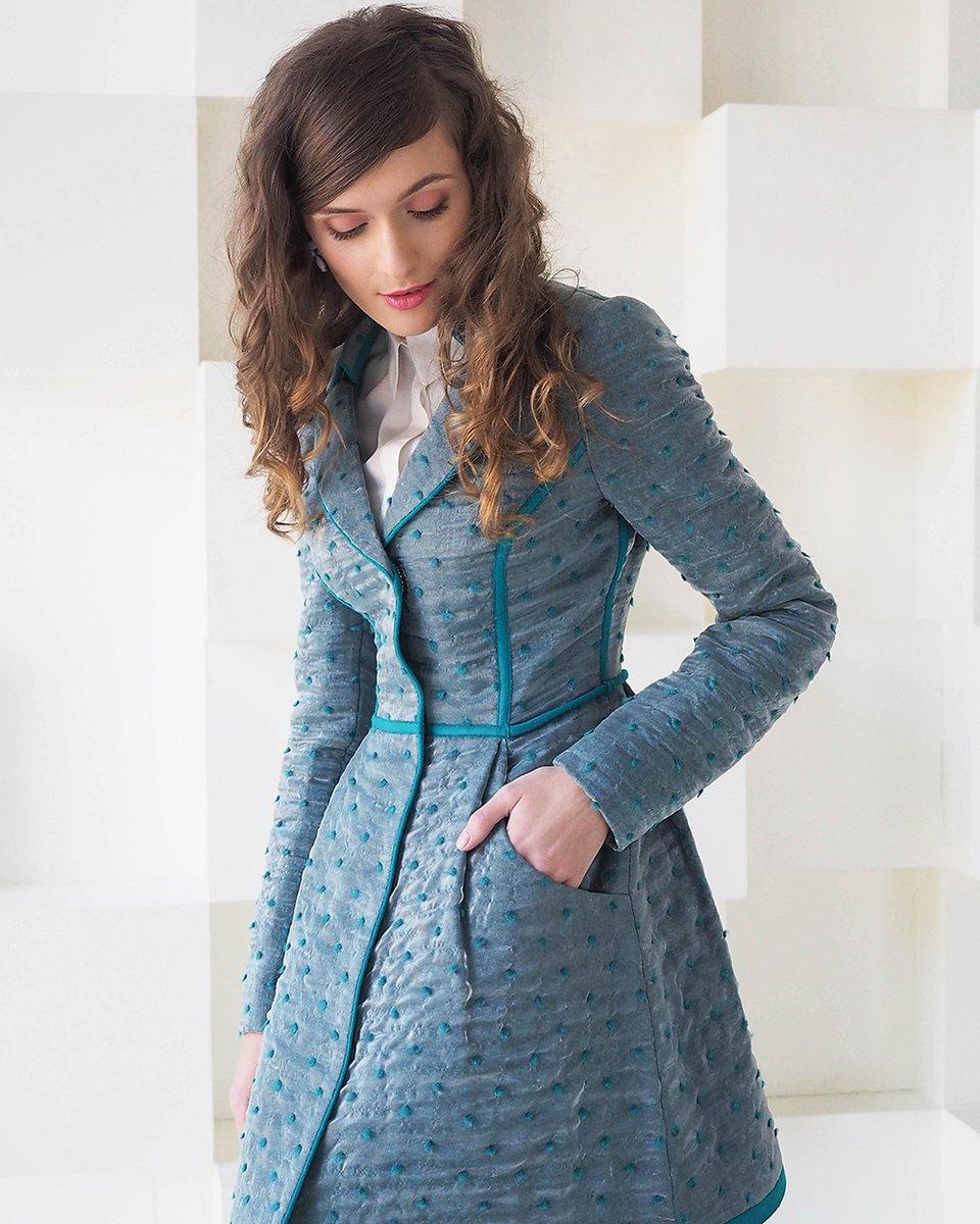 Пальто из шерсти и органзы