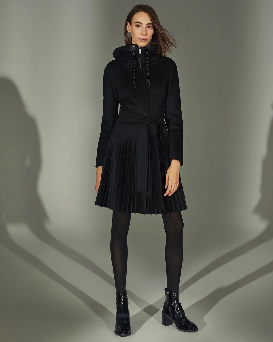 Пальто-парка с капюшоном, черного цвета
