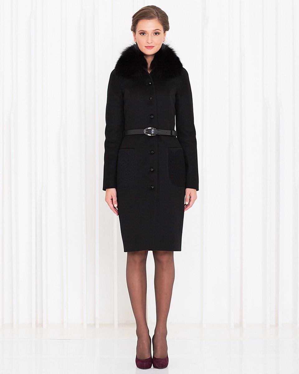 Пальто приталенного силуэта с карманами, украшенными перфорацией