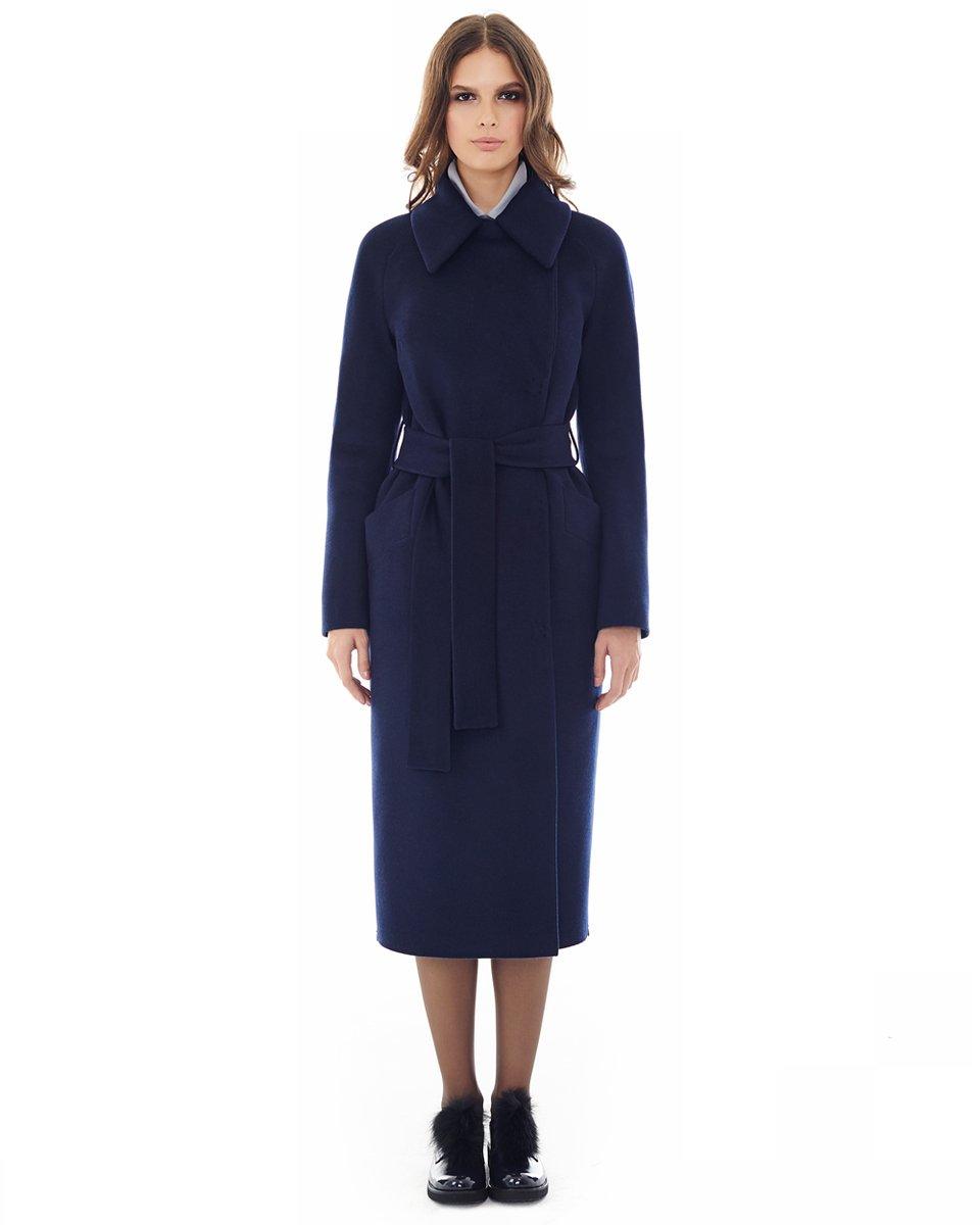 Пальто прямого кроя, темно-синего цвета