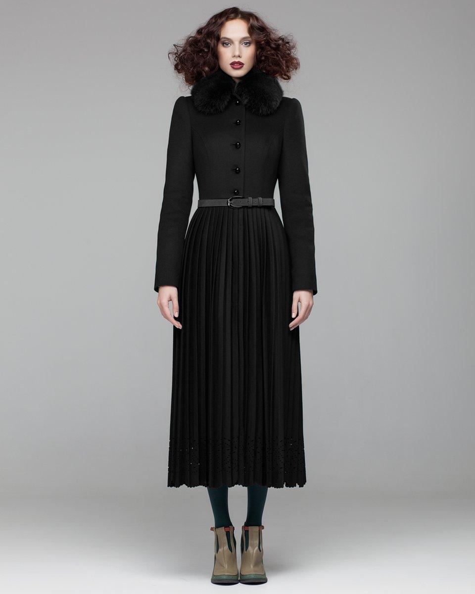 Пальто с длинной юбкой плиссе