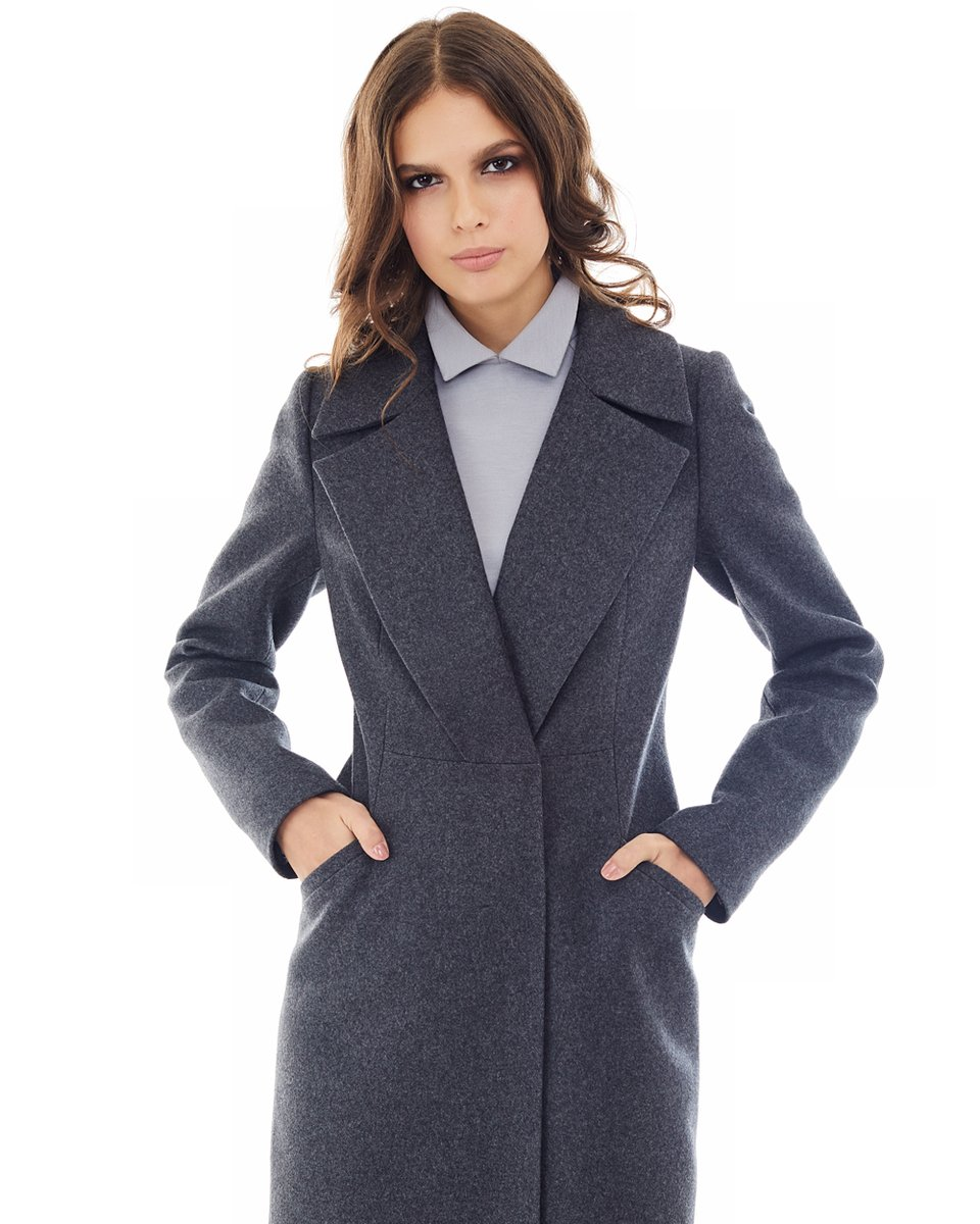 Пальто цвета графит с удлиненными лацканами