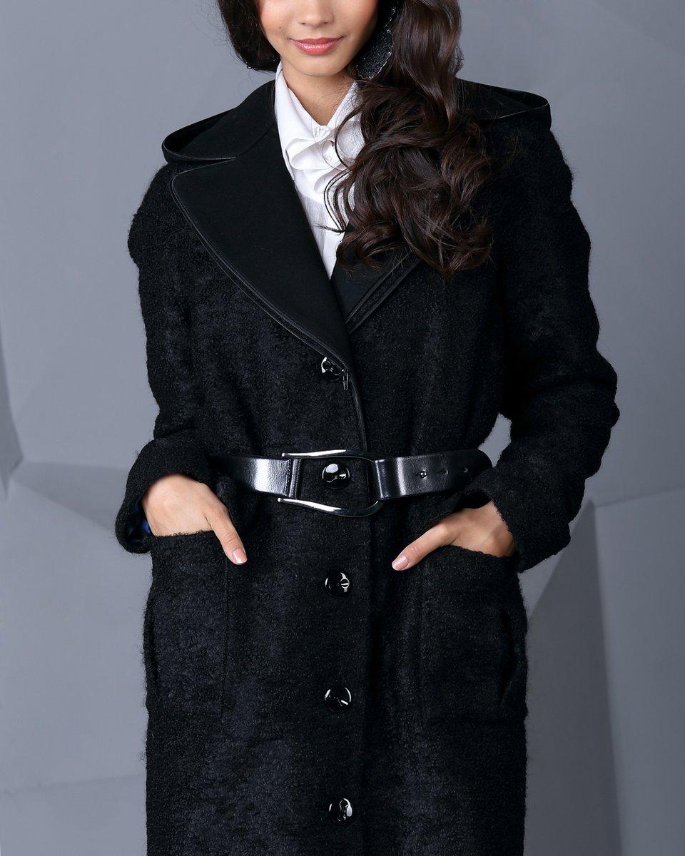 Пальто с отстегивающимся капюшоном, цвет черный