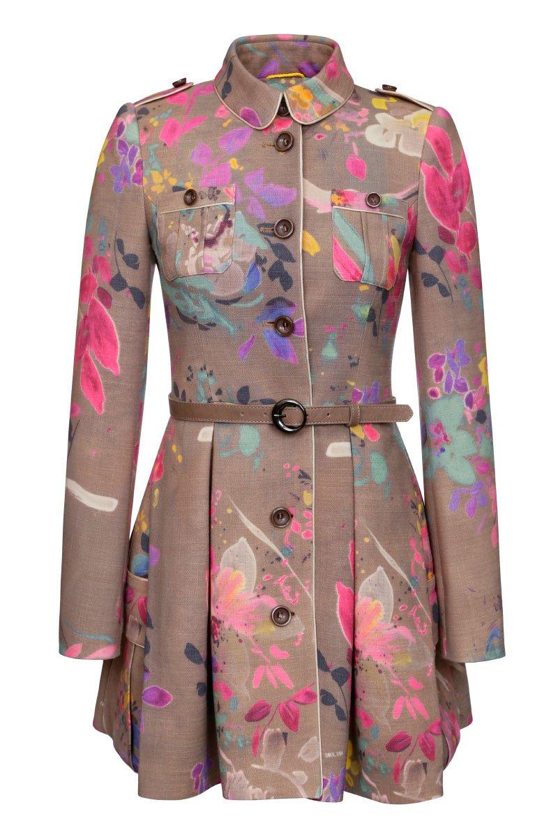 Пальто с пышной юбкой и накладными карманами