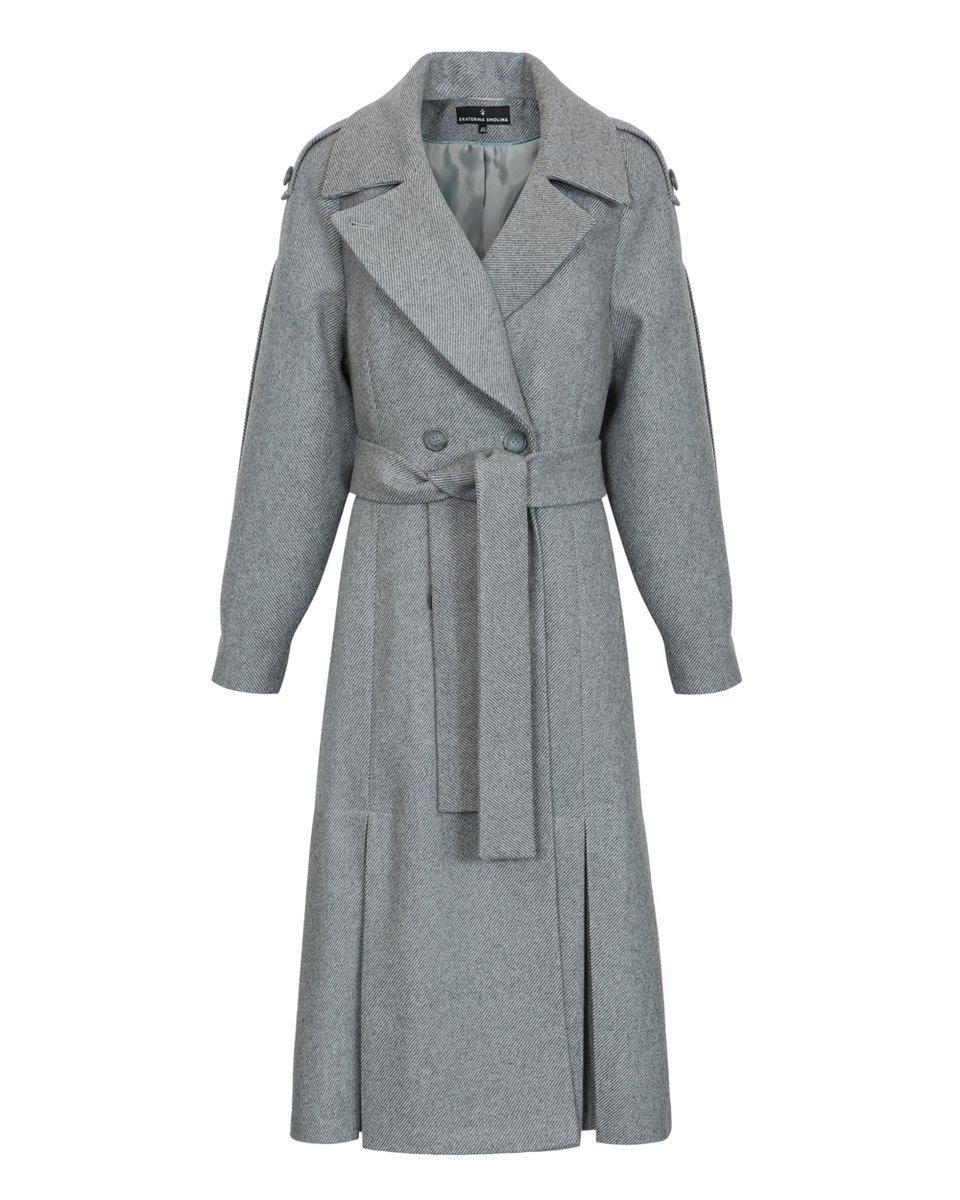 Пальто с юбкой-трапецией и складками на рукавах