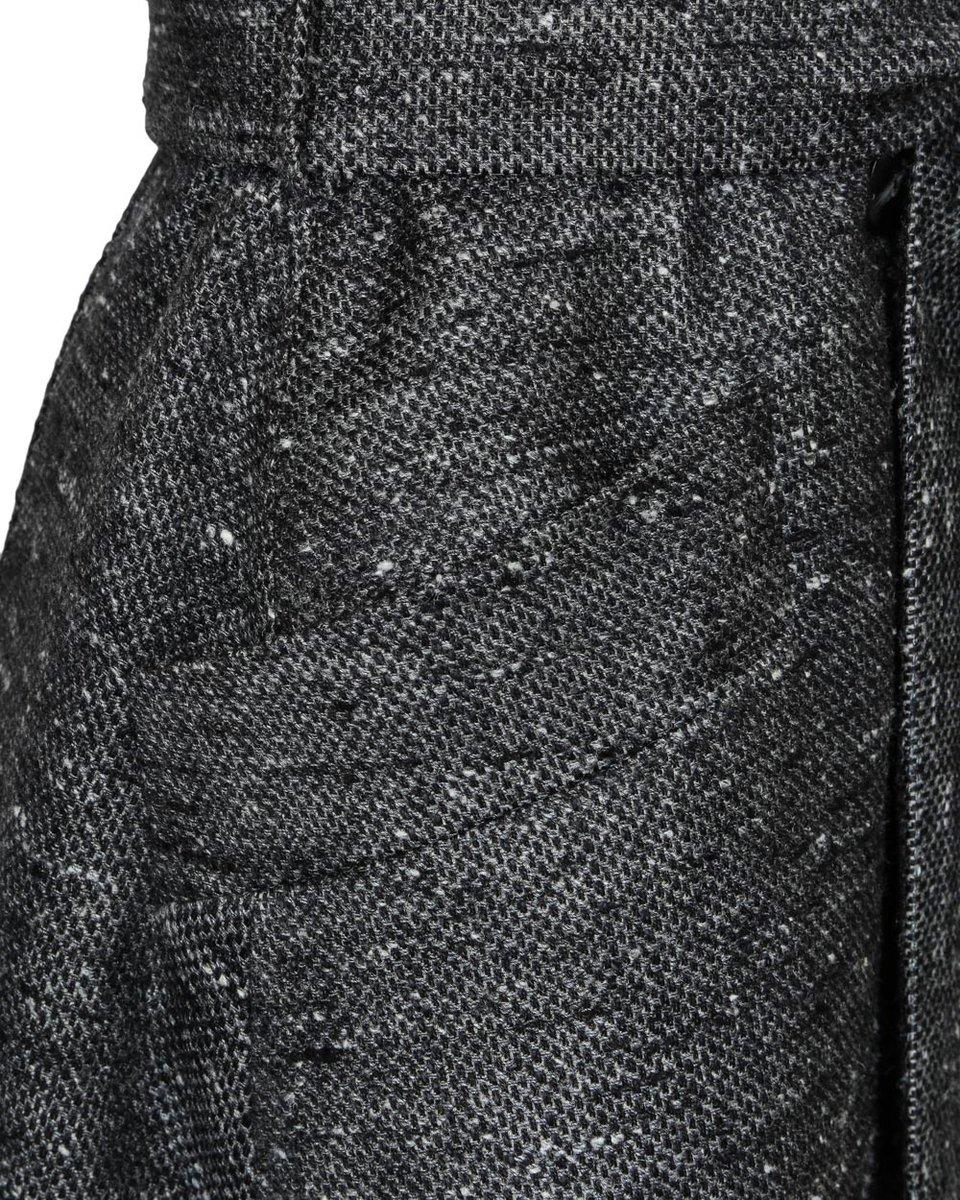 Двубортное пальто-тренч, серого цвета