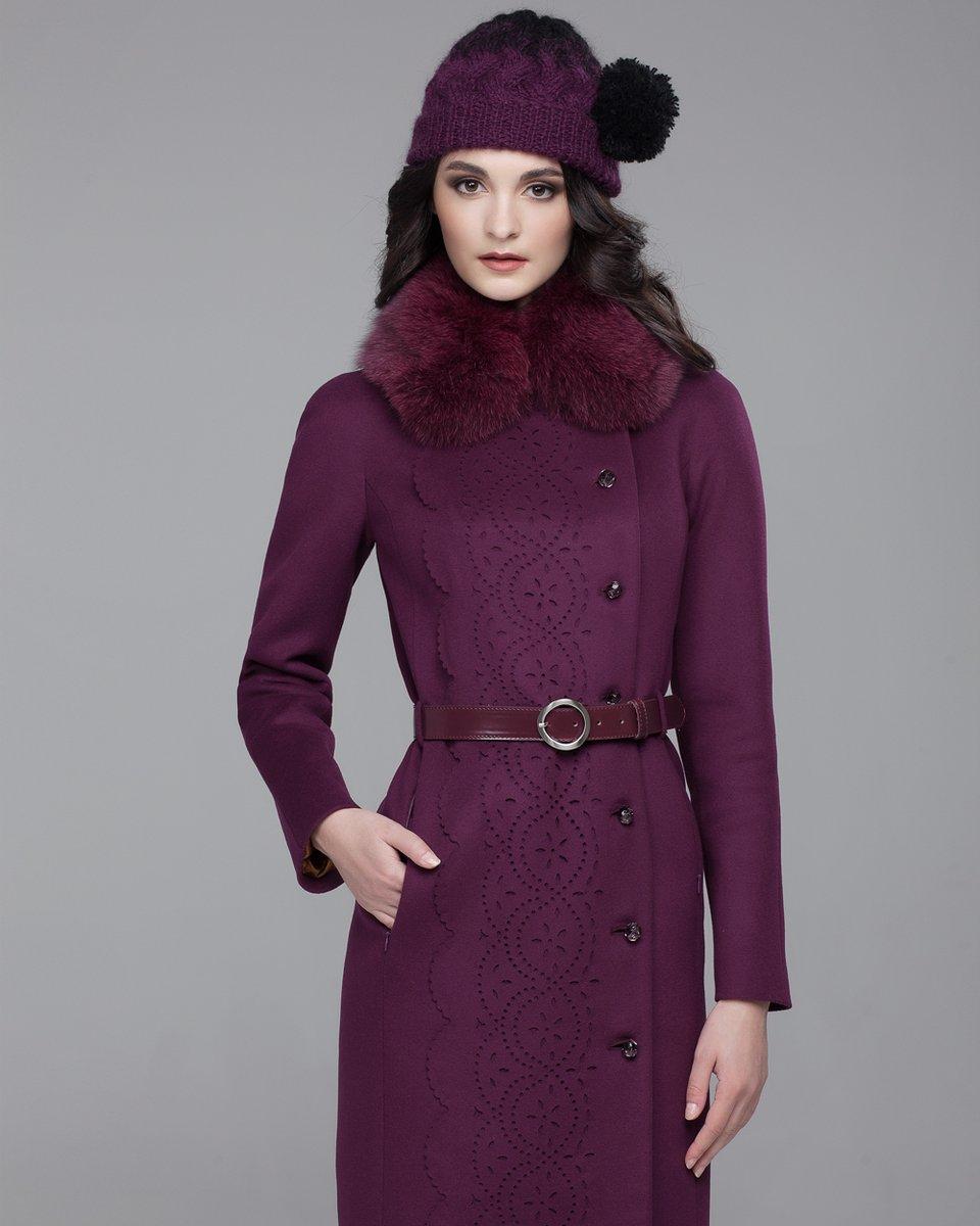 Пальто зимнее с перфорацией по борту