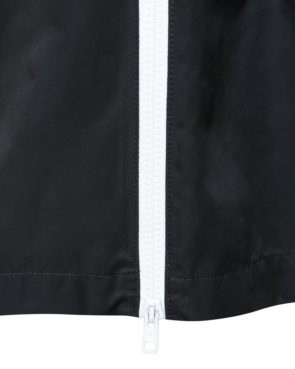 Плащ с капюшоном черного цвета с деталями из сетчатой ткани