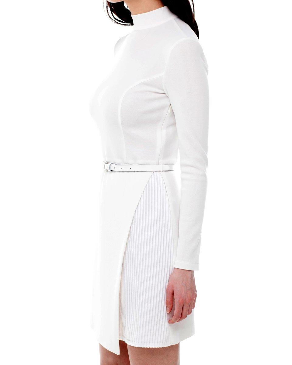 Платье белое с комбинированной юбкой в полоску