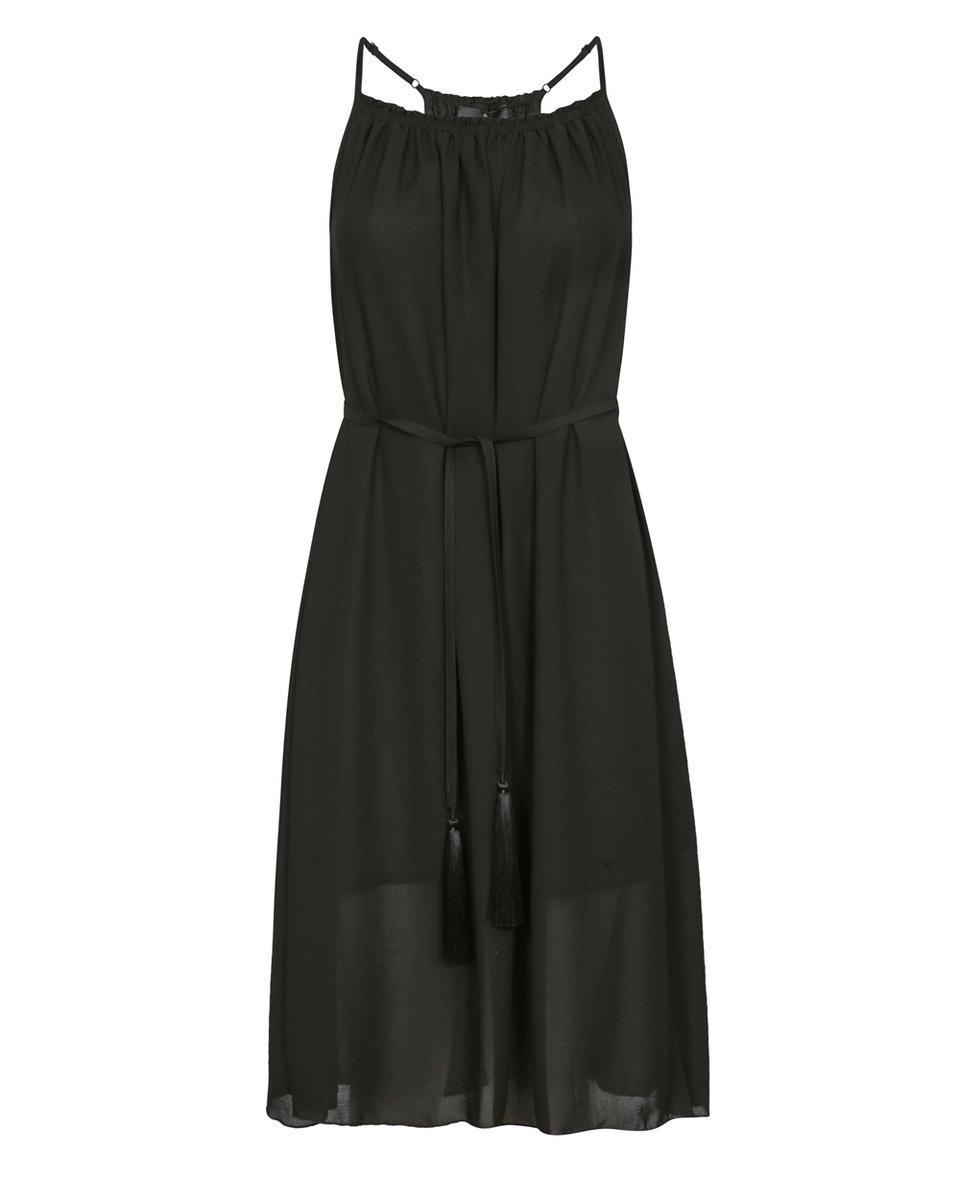 Платье черного цвета из шифона c декоративными кистями