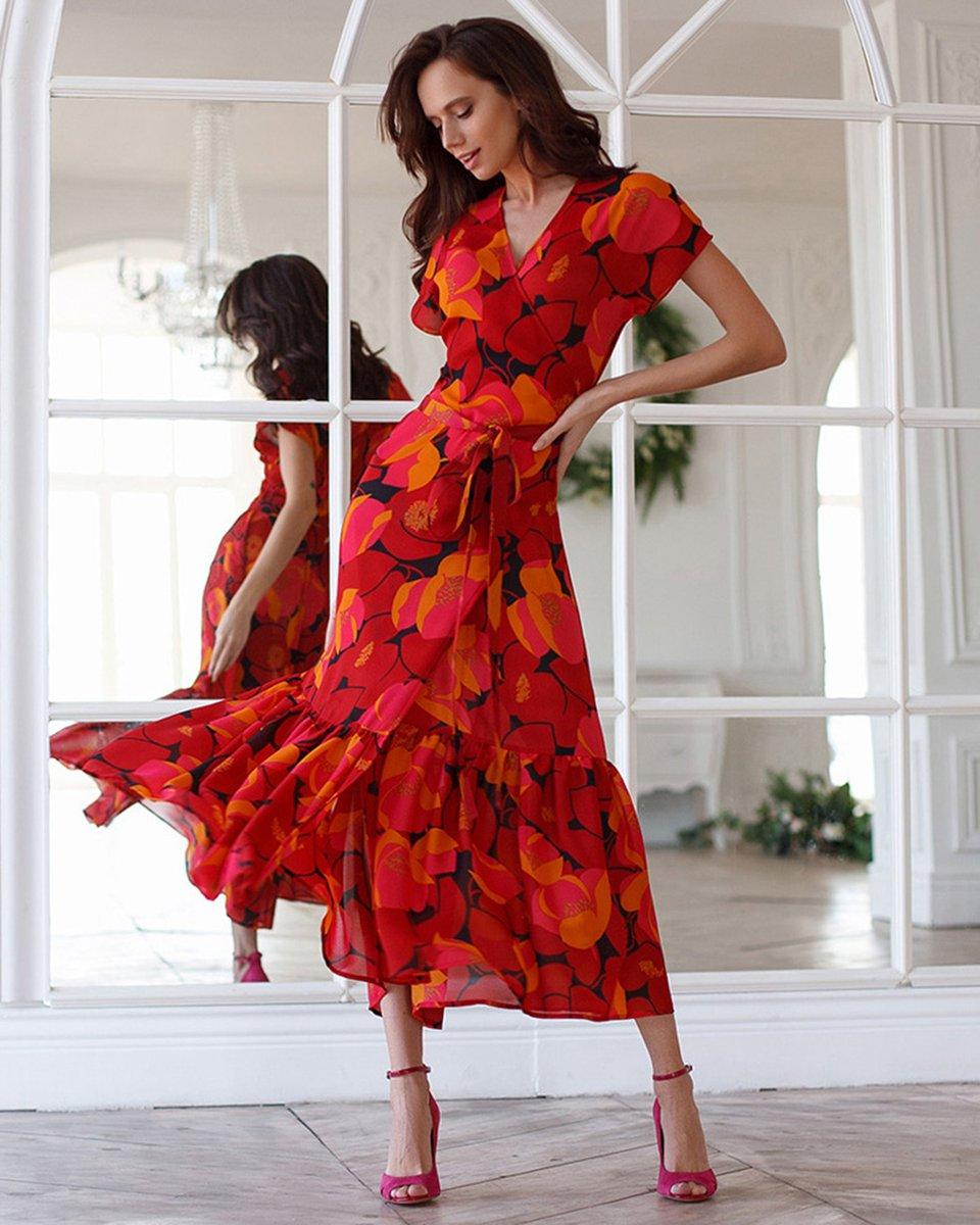 Платье длины макси с запахом