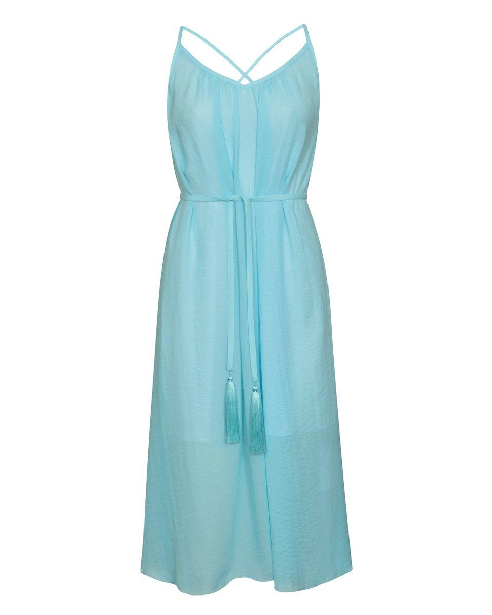 Платье голубого цвета на бретелях с открытой спиной