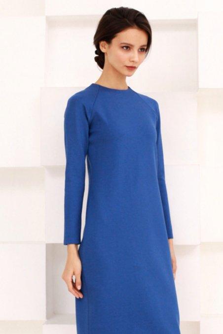 d34e6ab4950 Платье из трикотажа василькового цвета с рукавом реглан